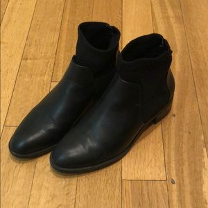 Zara black booties Size 6